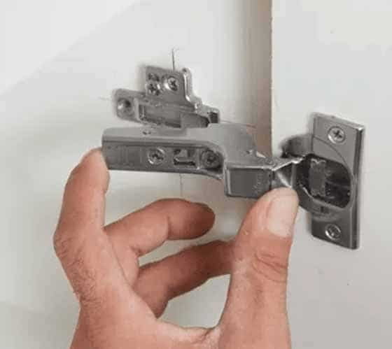mounting the door